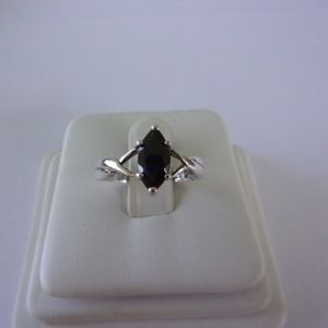 Avon Sterling Silver Black Sapphire Ring Size 6